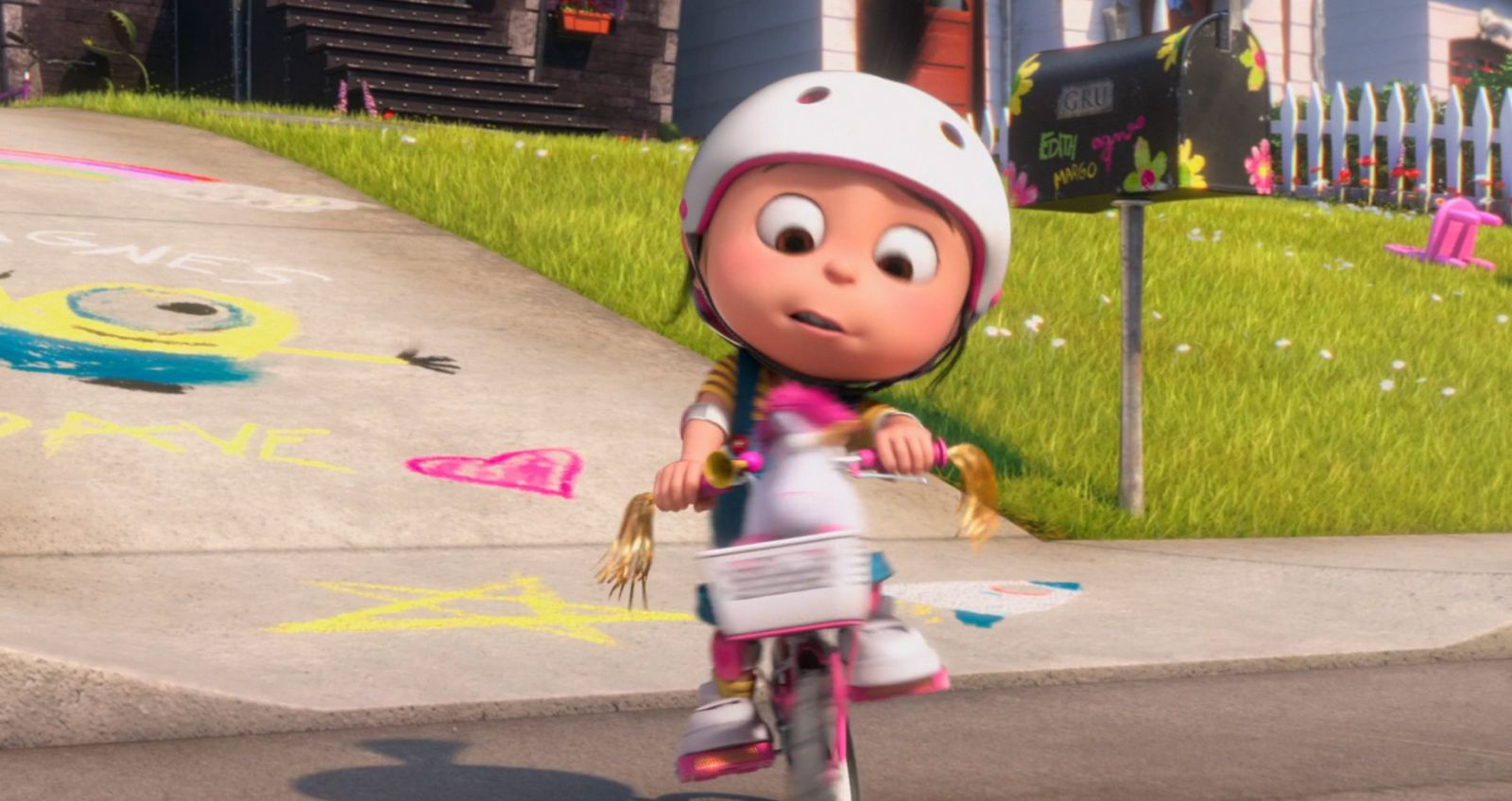 Training Wheels Screenshots © Despicable Me Despicable Me 2 Minions Drawing